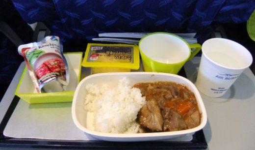 エアプサンの日本路線の機内食