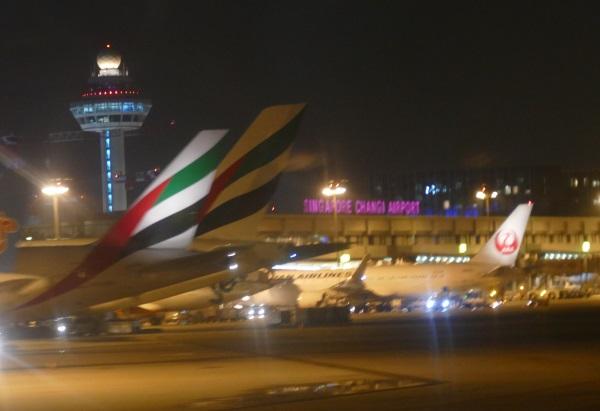 ジェットスター・アジア航空で台北桃園空港からシンガポールのチャンギ国際空港に到着
