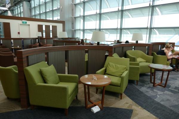 シンガポールのチャンギ国際空港第3ターミナルにあるDnataラウンジの中