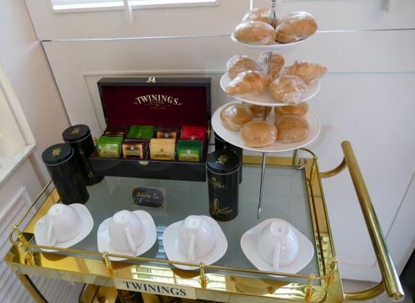 ドンムアン空港国内線エリアでプライオリティパスが使えるコーラルラウンジには英国紅茶「トワイニング」が充実