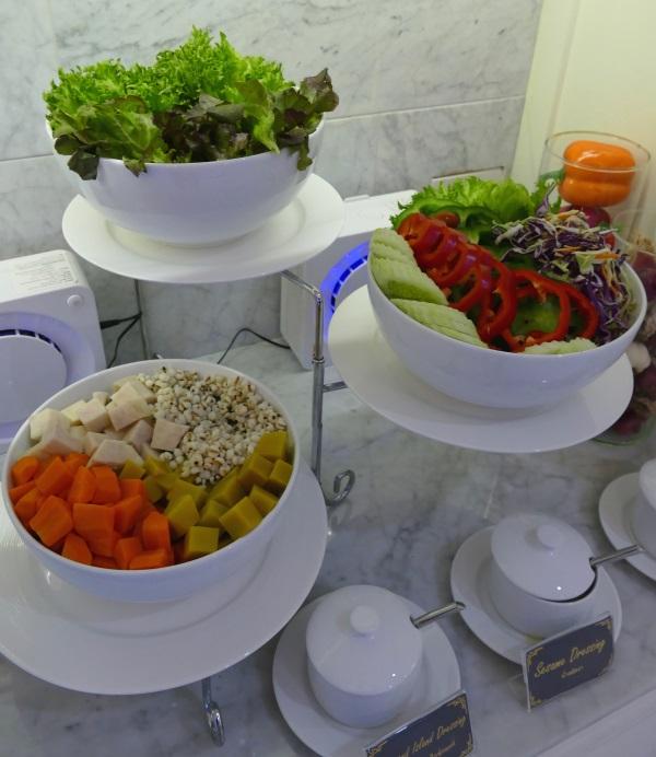 サラダのコーナー