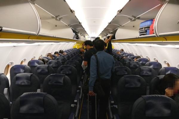 バニラエアの9号機(JA09VA)の機内