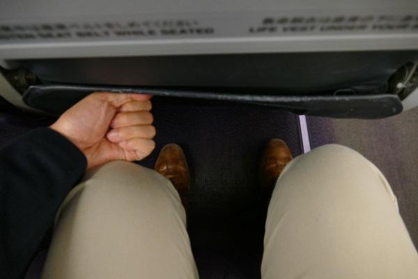スタンダードシートの足元の空間