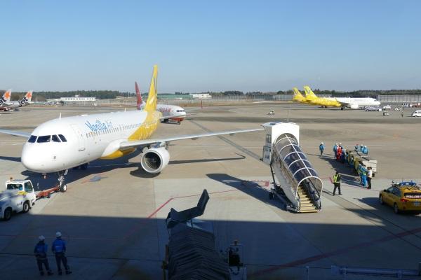 バニラエアのセブ行き初便の機体