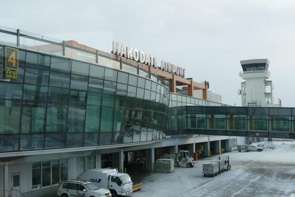 函館空港のターミナルビル