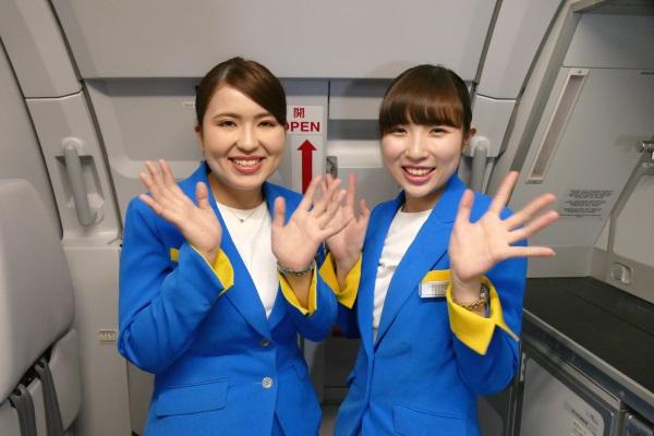 笑顔で撮影に応じてくれた北海道出身のFA2人