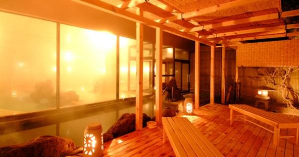 「湯の川観光ホテル祥苑」の大浴場(天然温泉)