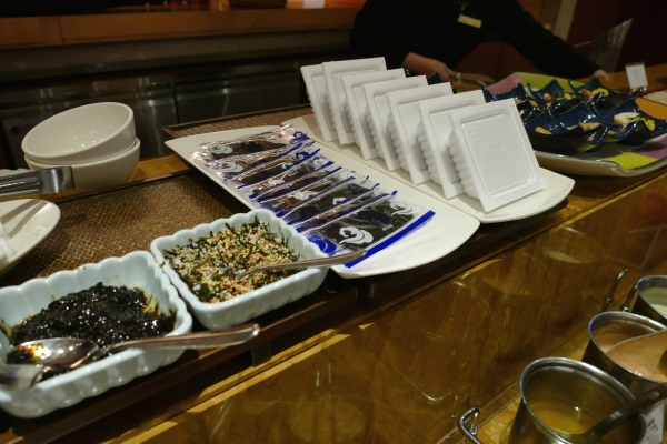 サンワンレジデンシズ台北の朝食ブッフェは納豆や海苔など日本の食材も充実