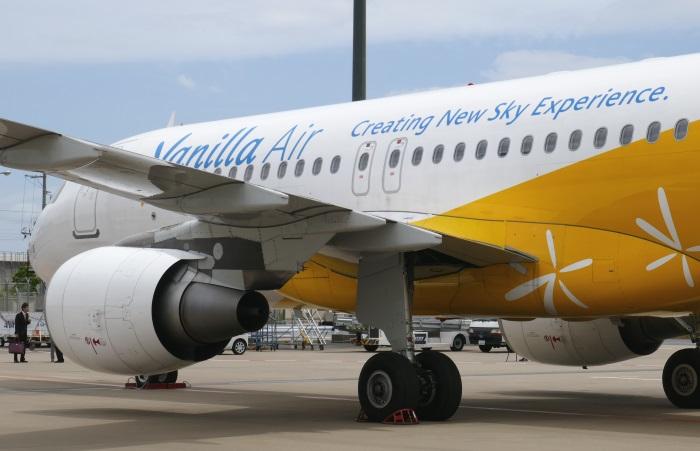バニラエアの1号機(JA01VA)は既に新スローガンを塗装済