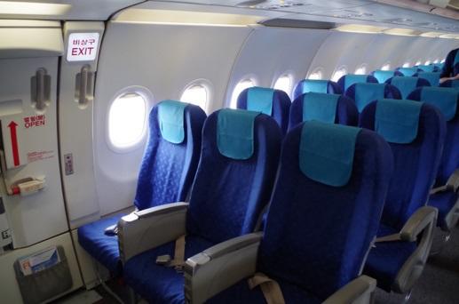 エアプサンのA321-200型機の座席