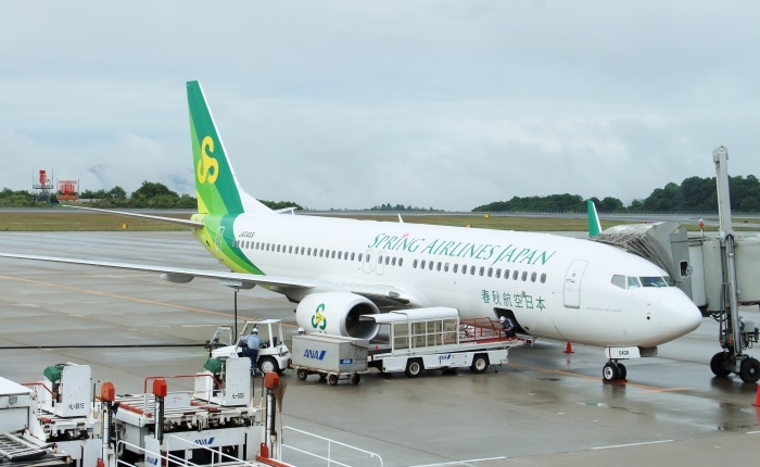 広島空港に駐機する春秋航空日本(Spring Japan)の機体