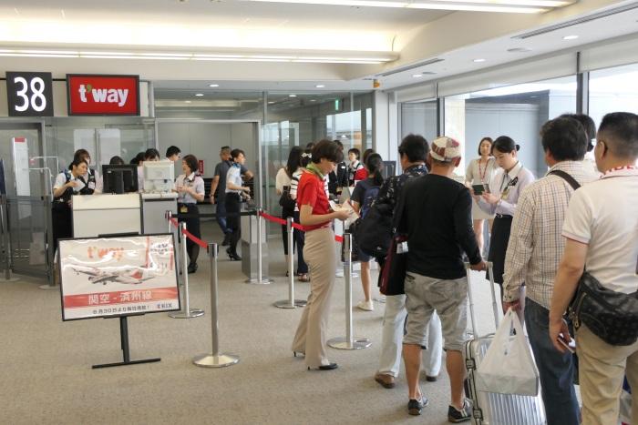 済州行きTW246便の初便は日本人と韓国人の比率は半々程度