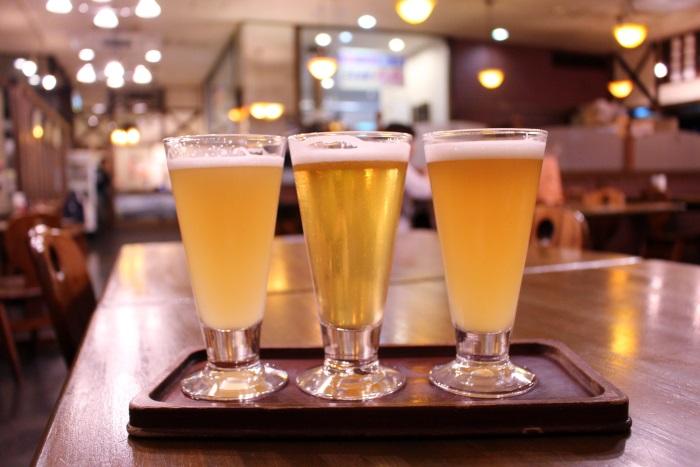 「呉ビール」の飲み比べができる「海軍さんの麦酒館」