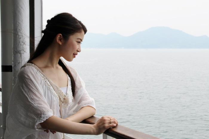 高松港から小豆島の土庄港まで約1時間の船旅