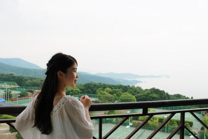 部屋のバルコニーから瀬戸内海を一望・天気が良いと岡山県まで見えることも