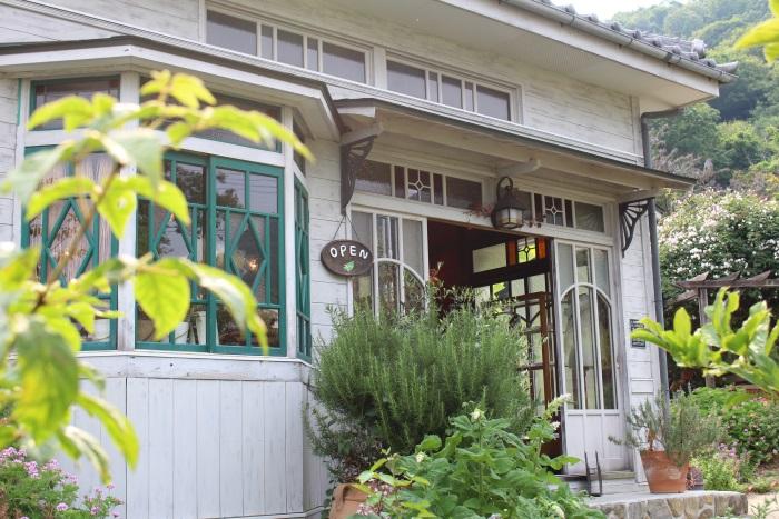 園内には映画「魔女の宅急便」の撮影に使われたセットが移築(雑貨ハーブカフェ コリコ)