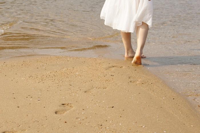 美しい水面を歩く