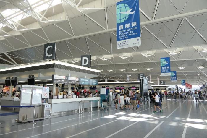 中部国際空港国際線チェックインカウンター
