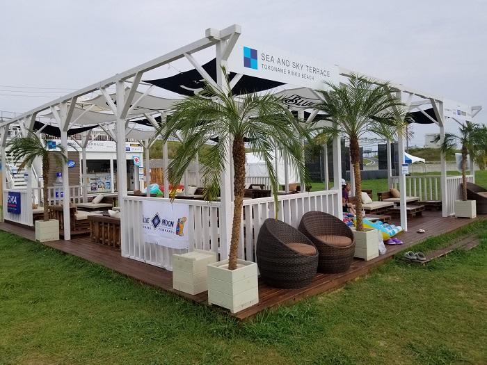 りんくうビーチのビーチハウス