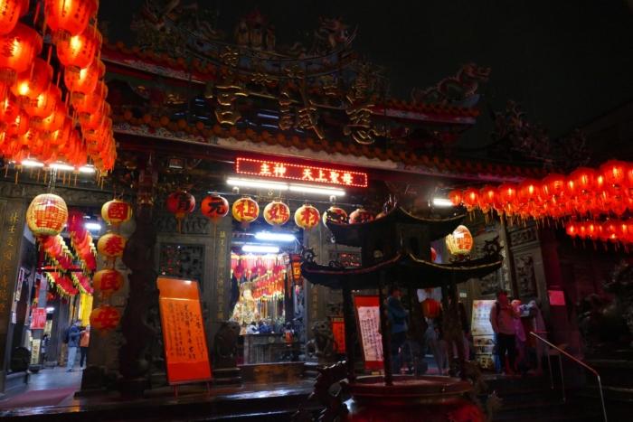 台北市内にある「士林慈誠宮」(2017年2月撮影)