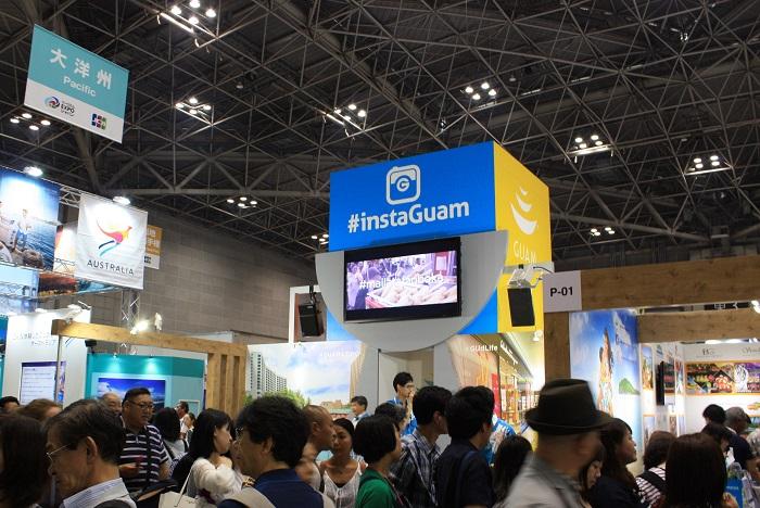 東京ビックサイトを会場として多くの国や地域が出展しています