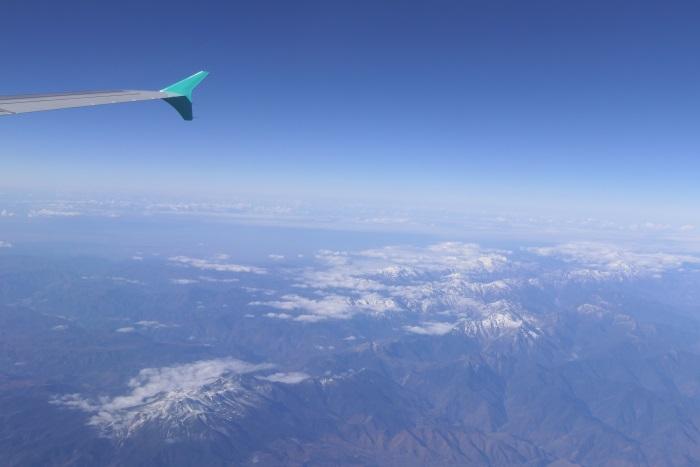 アルプスの山々も冠雪