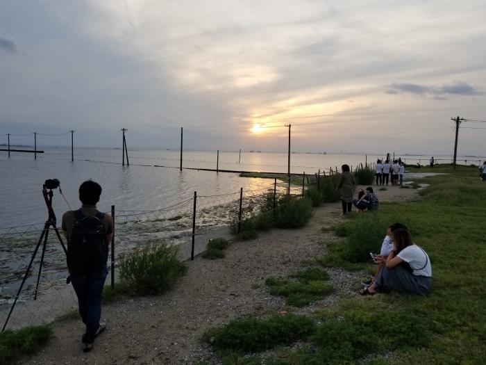 若者が集まる千葉県木更津市の「江川海岸」