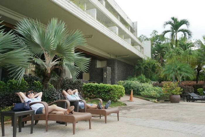 プールやプライベートビーチもある「パシフィックスターリゾート アンド スパ」に宿泊