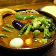 北海道千歳市にある「アジアンバー ラマイ千歳店」のスープカレー