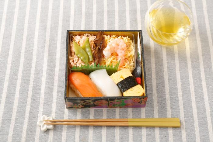 バニラエアFAおすすめ!SUSHI弁当(1,200円)