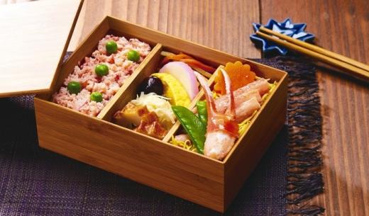 LCCピーチ・アビエーションの2017年12月1日からの新機内食メニューは鳥取県とコラボ