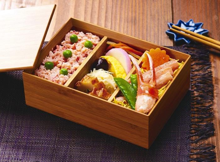 PEACH DELI2017年冬メニュー「カニ飯弁当」(1300円)